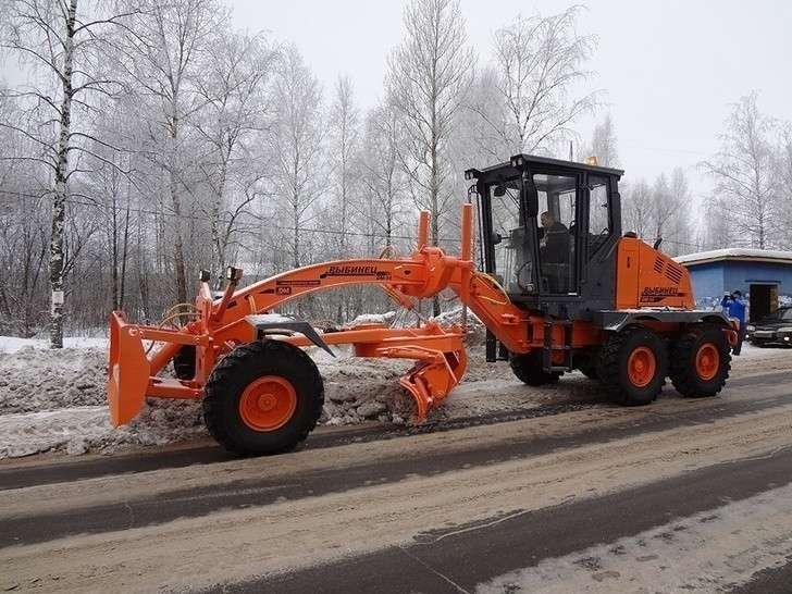 Российская дорожно-строительная и коммунальная техника завода «Дорожных машин» г.Рыбинск