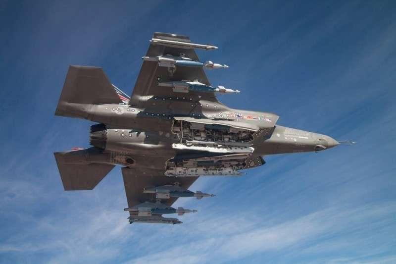 Европа собирается отказаться от американских истребителей F-35