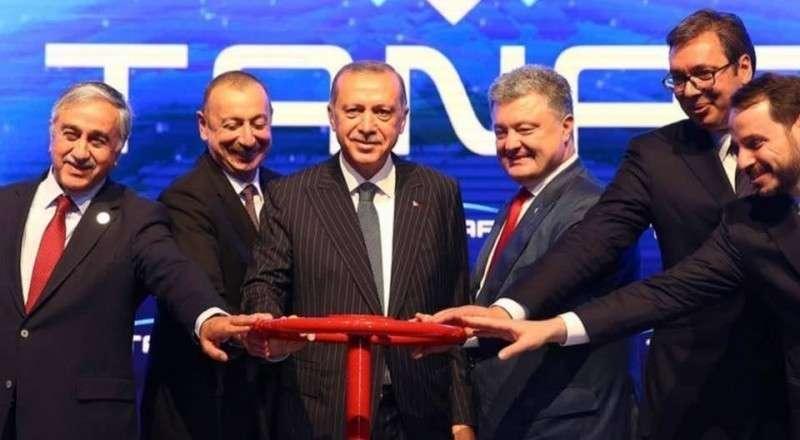 Дурачок Вальцман торжественно открыл газопровод в обход Украины