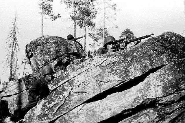 Вопреки законам войны. Почему снайпер Ткачёв в 1943-м не убил «фрица»?