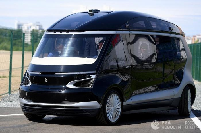 ВКазани «КАМАЗ» представил беспилотный электробус КАМАЗ-1221 «Ш.А.Т.Л.»