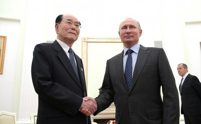 Встреча Владимира Путина сПредседателем Президиума Верховного собрания КНДР Ким Ён Намом