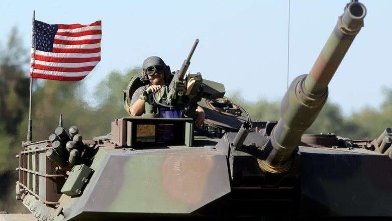 «Лидеры» вооружения: как пиндосы втюхивают партнёрам свой военный металлолом