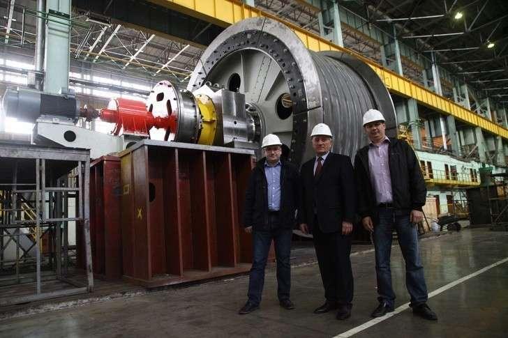 Уралмашзавод произвел самую крупную вРоссии шахтную подъемную машину
