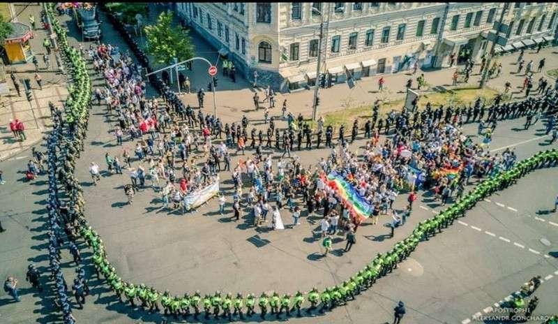 Европа заразила Украину педерастией. Тьфу