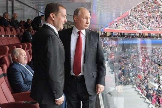 Почему Владимир Путин предпочел Александра Лукашенко ЧМ по футболу