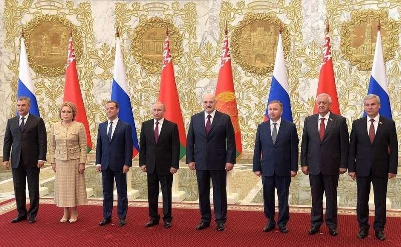 Участники заседания Высшего Государственного Совета Союзного государства.