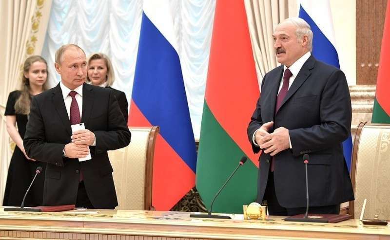 СПрезидентом Белоруссии Александром Лукашенко.