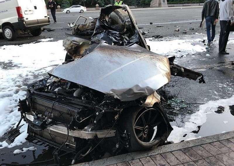 Безмозглые гонщики-мажоры из компании Мары Багдасарян заживо сгорели в «Мерседесе»