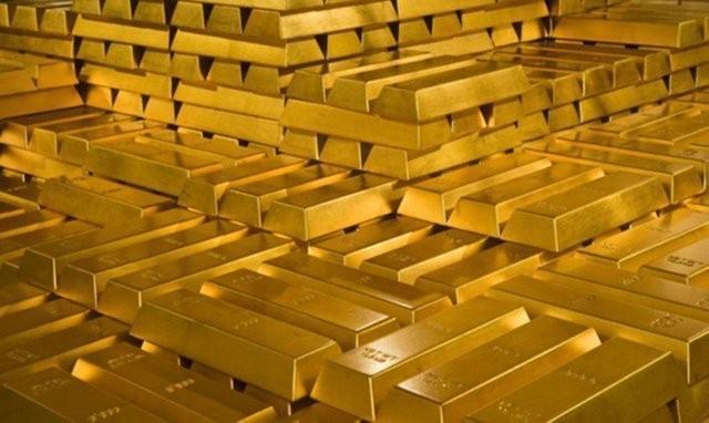 Россия вместо американской «бумаги» скупает золото