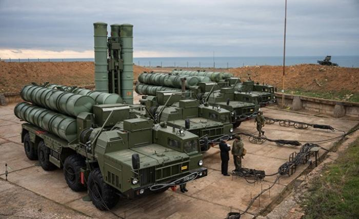 Российские комплексы С-400 заполнили весь Крым. Россия готовится к войне?