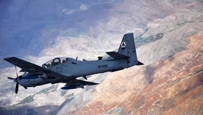 В США потерпел крушение ржавый военный самолет