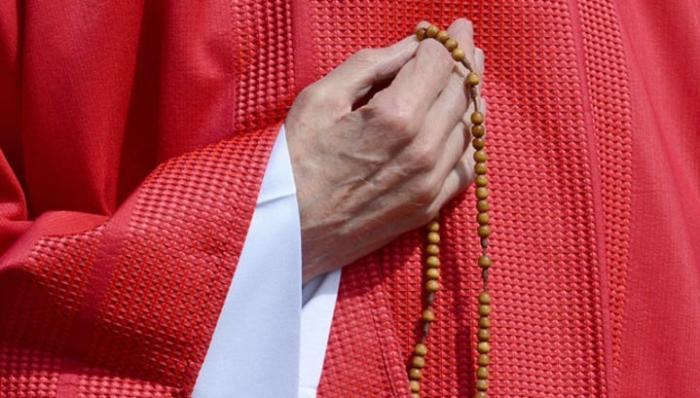 Посла Ватикана в США приговорили к 5 годам за педофилию