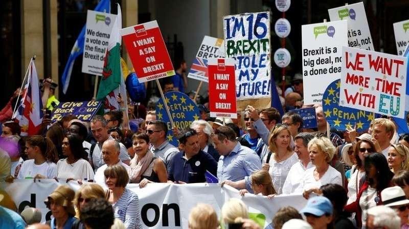 В Лондоне проходит митинг против брексита