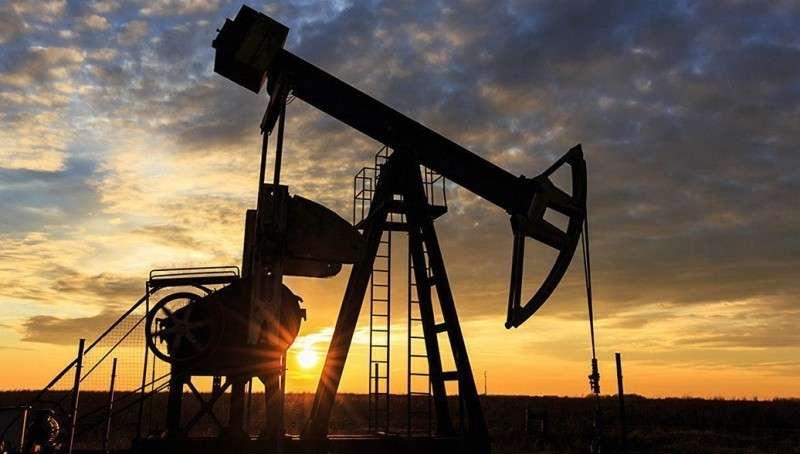 После договоренностей ОПЕК+ цены на нефть стали снижаться