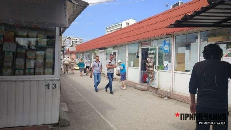 В Севастополе начался процесс силового захвата рынков в частные руки