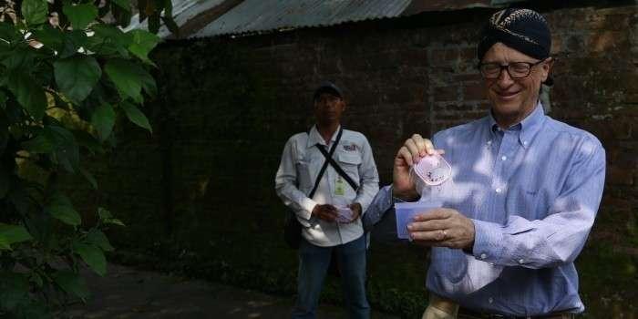 Для чего отморозку Билу Гейтсу нужны ГМО комары-убийцы?