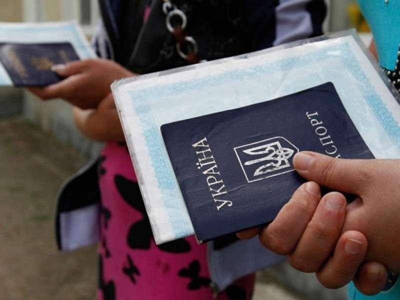 Жители ДНР и ЛНР смогут получить гражданство и защиту России