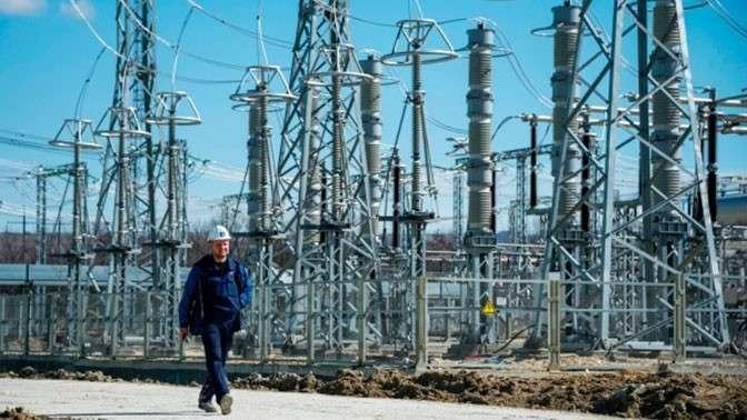 Под Симферополем Таврическая ТЭС выдала первые мегаватты в Крым
