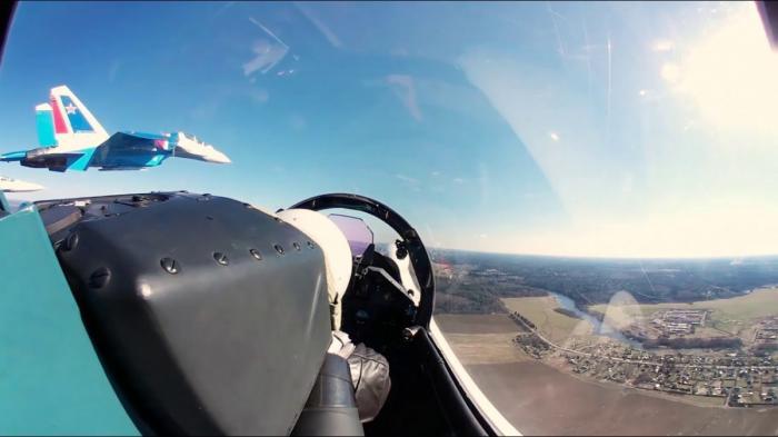 Полёт на Су-30СМ в формате 360 вместе с «Русскими витязями»
