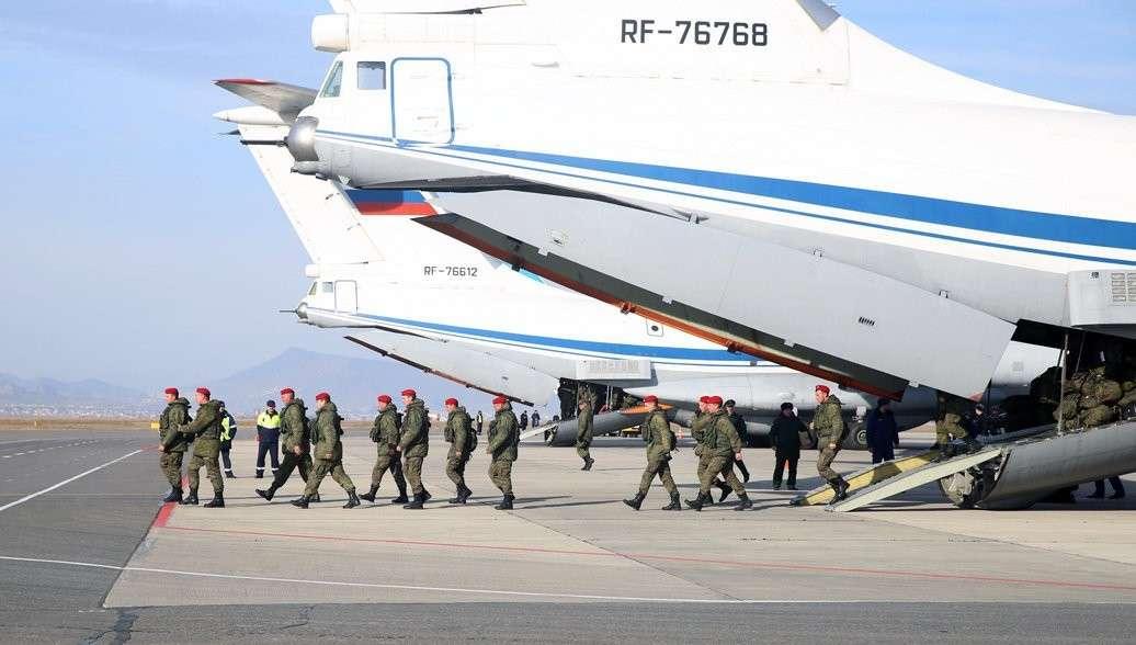 Владимир Путин сообщил о выводе из Сирии российских военных