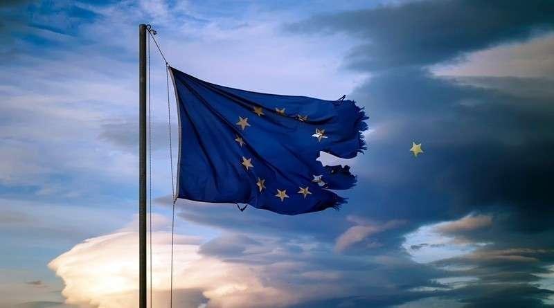Фашизм, словно вирус, мутирует и поражает всю Европу