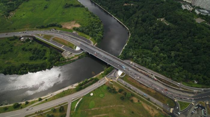 ВМоскве достроили Крылатский мост и открыли движение