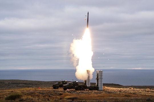 Ракета для С-400 поразит даже американские шпионские спутники