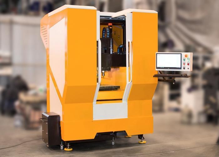 Компания «Умные станки» запустила в серию оборудование – фрезерный обрабатывающий центр