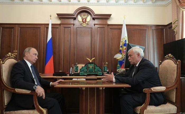 Владимир Путин провёл встречу сгубернатором Санкт-Петербурга Георгием Полтавченко