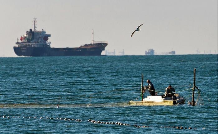 Киевская хунта в истерике: Россия начала морскую блокаду Украины