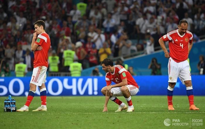Впервые в истории российские футболисты на ЧМ показали лучший результат
