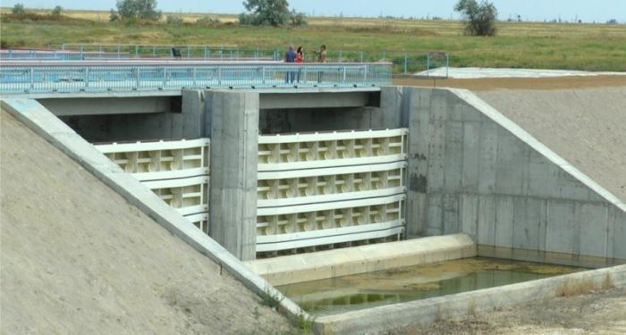 Киевские евреи построили уже вторую дамбу в надежде продавать воду в Крым