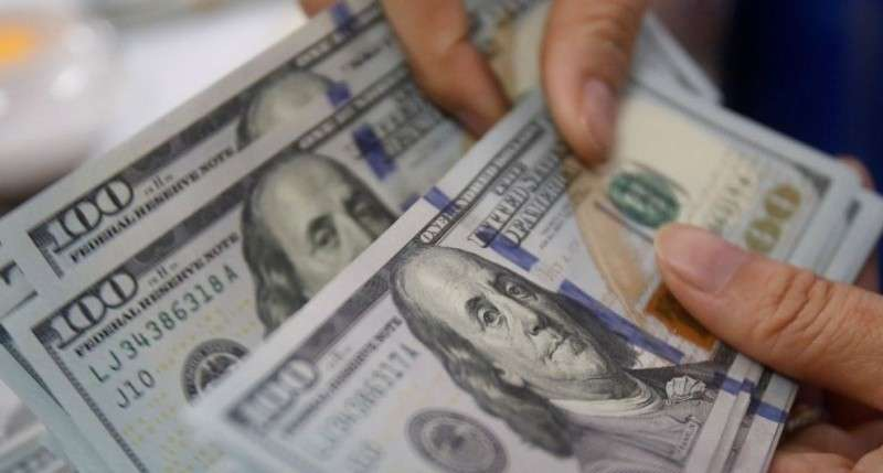 Власти Севастополя платят двум СМИ по тысяче долларов за одну заметку – депутат Аксёнов