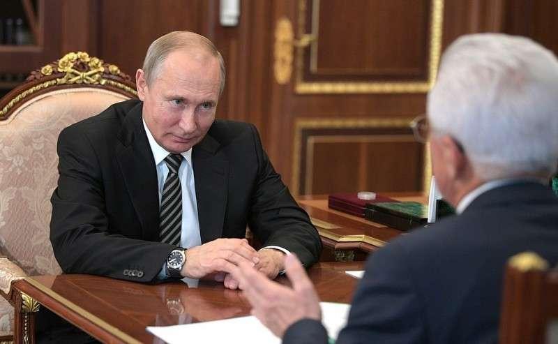 Свременно исполняющим обязанности главы Республики Дагестан Владимиром Васильевым.