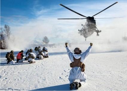 Пиндосы со своей натовской бандой будут лезть в Арктику