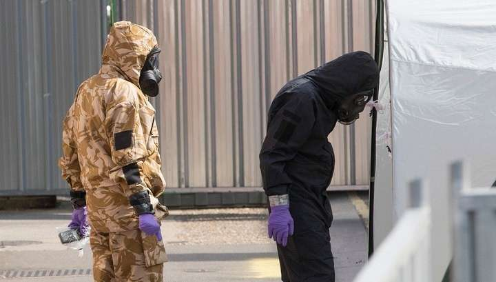 Полиция Британии: связать отравления Скрипалей и Эймсбери практически невозможно