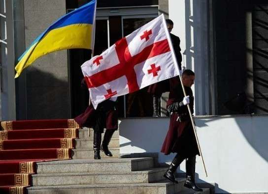 Дональд Трамп выгнал представителей Грузии и Украины с совещания НАТО
