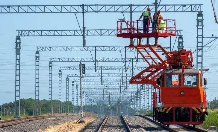 Строители уложили более 80% железнодорожного подхода кКрымскому мосту состороны Тамани