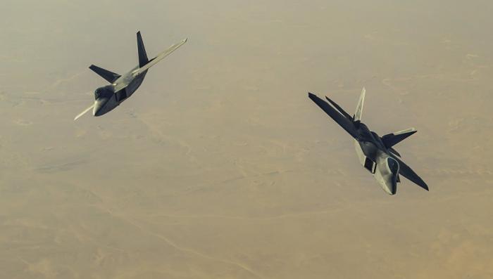 Десятках погибших при авианалете коалиции США в Сирии