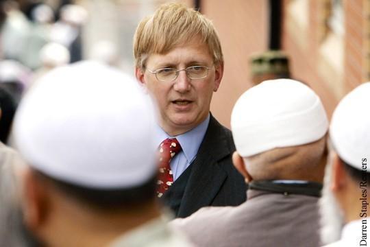 Высокопоставленный английский политик назвал дело Скрипалей «смешной теорией заговора»
