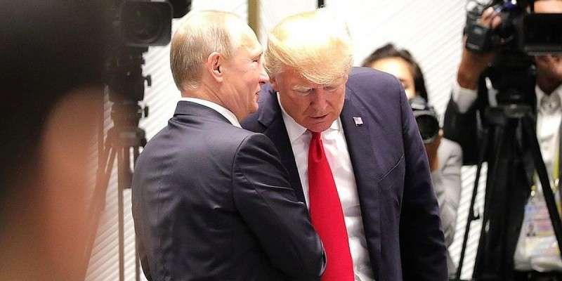 Дональд Трамп доверяет Владимиру Путину больше, чем своим спецслужбам