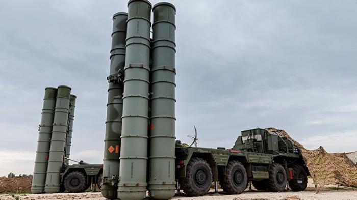 Первый в2018 году полковой комплект С-400 передан армии России