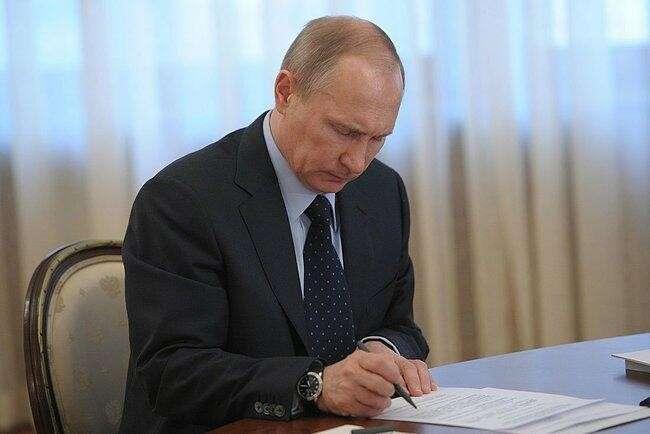 Владимир Путин одобрил проект договора о включении Крыма в состав России