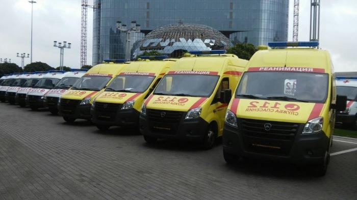 Больницы подмосковья получили 85 новых карет скорой помощи