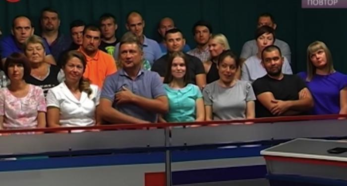 Если в Севастополе закрывают торговые центры, значит это кому-нибудь нужно