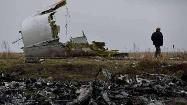 Несколько отечественных СМИ сообщили о том,что подразделения украинских ПВО в день трагедии отрабатывали системы пуска ракет и в какой-то момент случился несанкционированный пуск боеголовки.