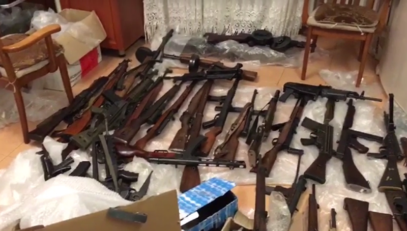 ФСБ ликвидировала банд-группу поставлявшую оружие из ЕС