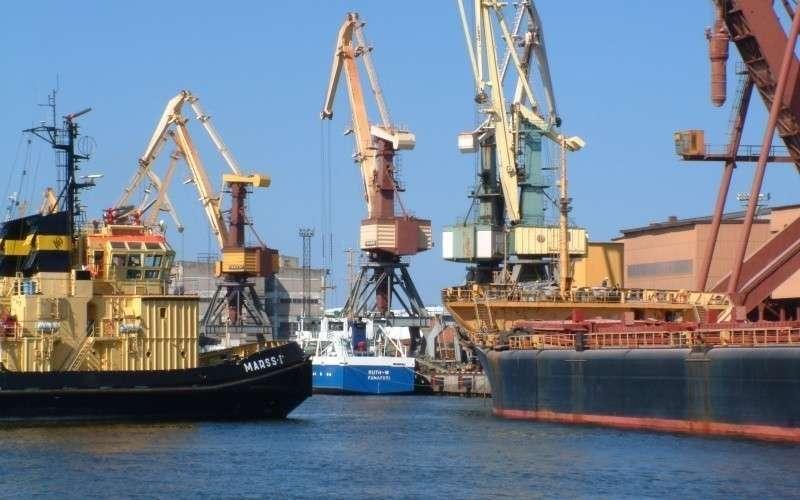 Латвийские «шпроты догавкались»: крупнейший порт Латвии Вентспилс прекращает работу