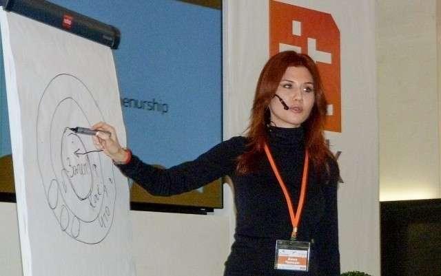 Анна Чапман. 2011